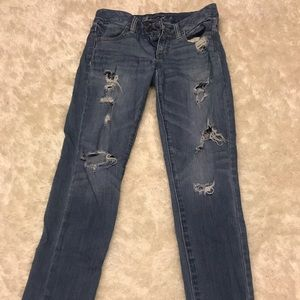 American Eagle distressed jeans size 4